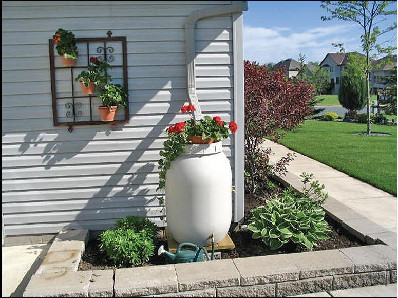 Great Rain Barrel Designed To Look Nice From The Street  Or Propane Tanks To Look  Like