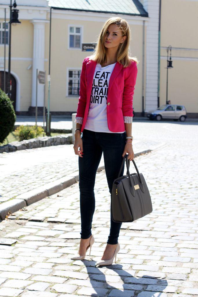 Looks trendy para chicas que trabajan en oficina blazers for Modelos de oficinas
