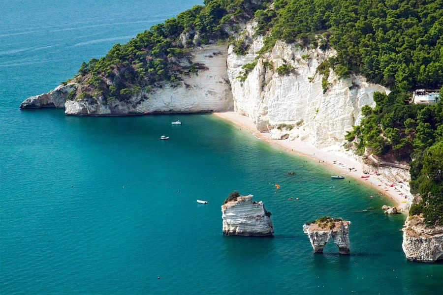 Pizzomunno, Vieste, Foggia, Puglia, Italy. Paesaggi