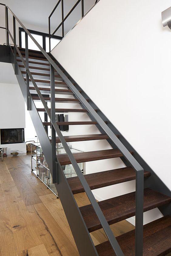 Tendencias en escaleras interiores de herrería ideas Pinterest