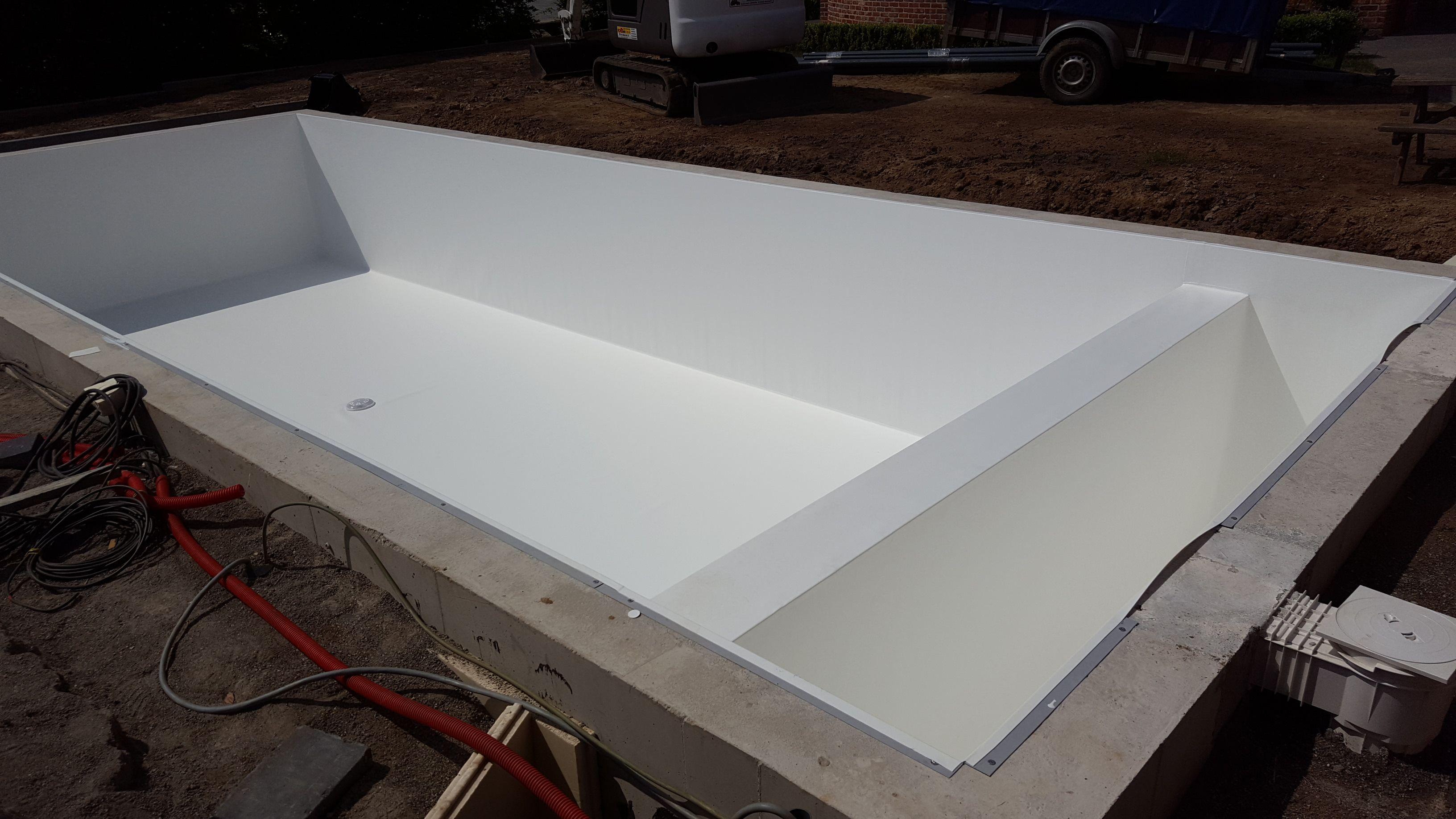 Witte alkorplan liner pool water bathtub corner bathtub pool