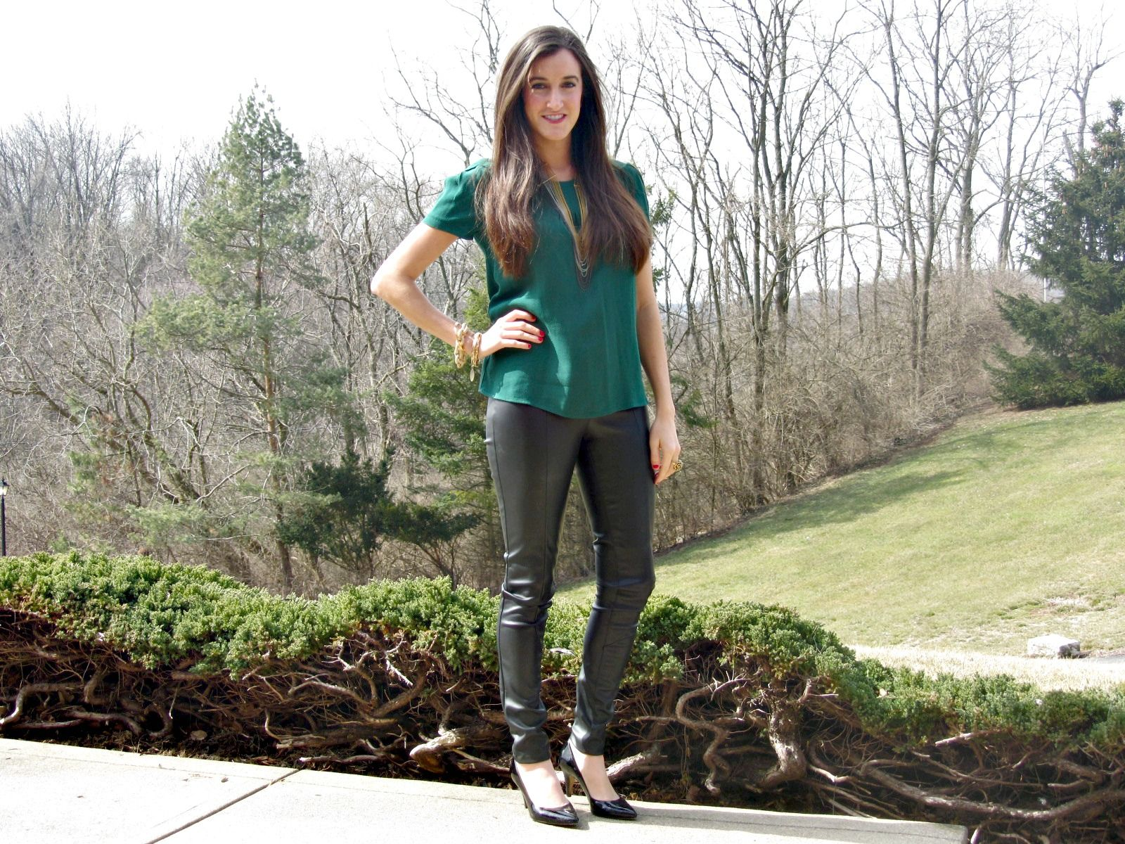 3f4d1fde57ea6 H leather pants, Zara green top | My Style | Fashion, Style ...