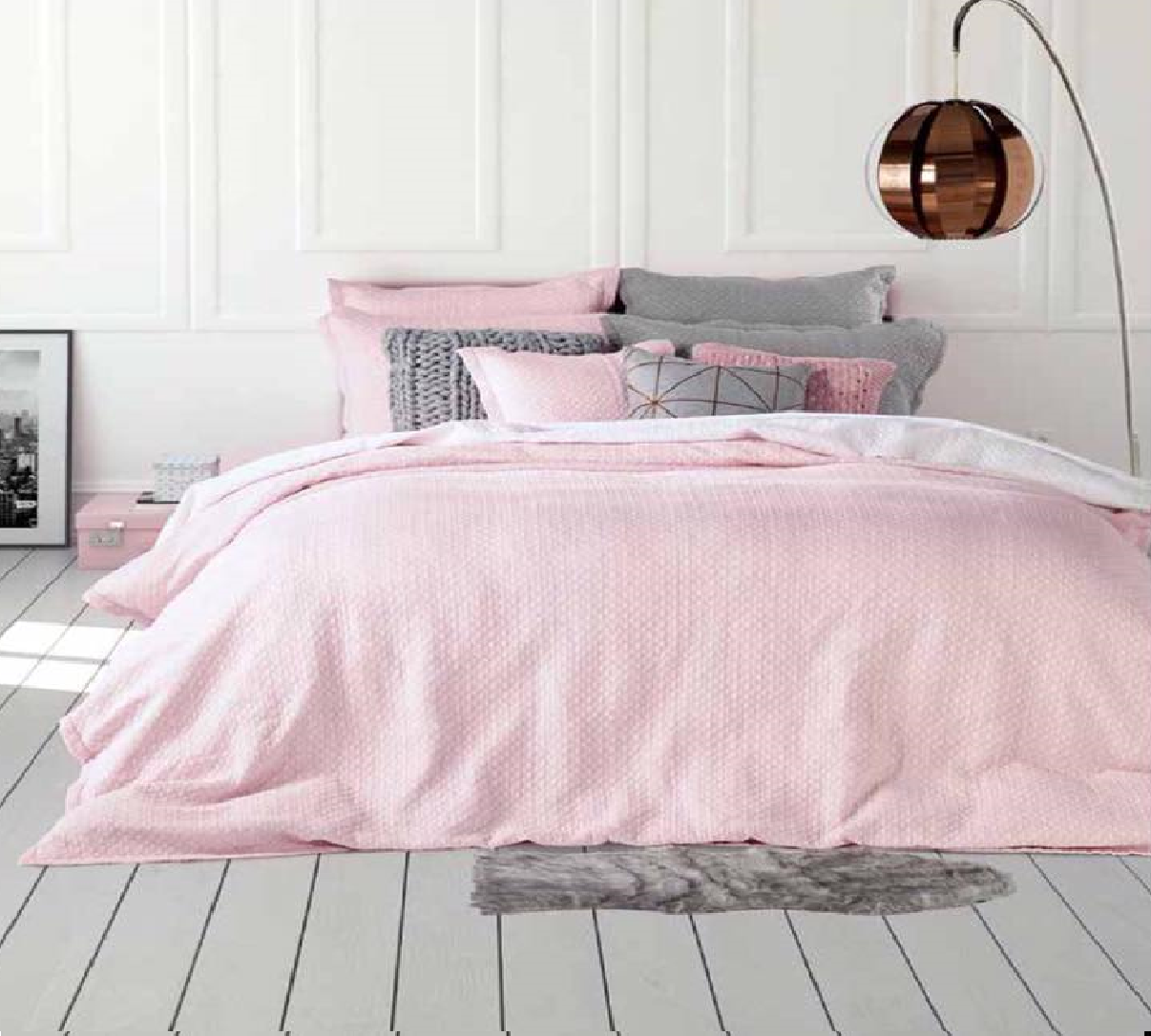 on adore la nouvelel housse de couette chanel en blanc rose ou gris p le d co maison en 2018. Black Bedroom Furniture Sets. Home Design Ideas