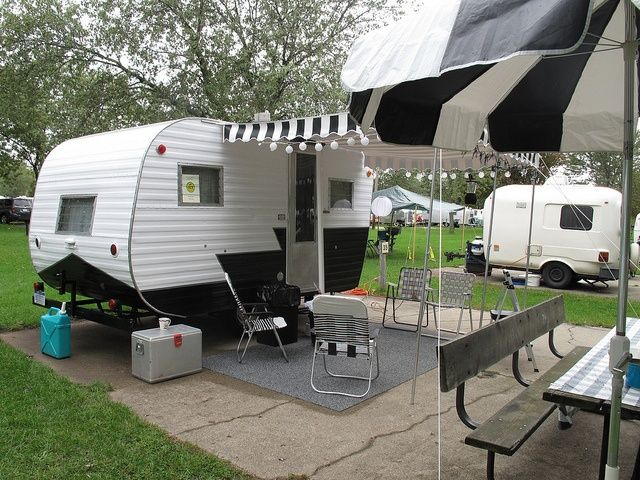 Black And White Campers Black And White Trailers Vintage Travel Trailers Vintage Camper Vintage Campers Trailers