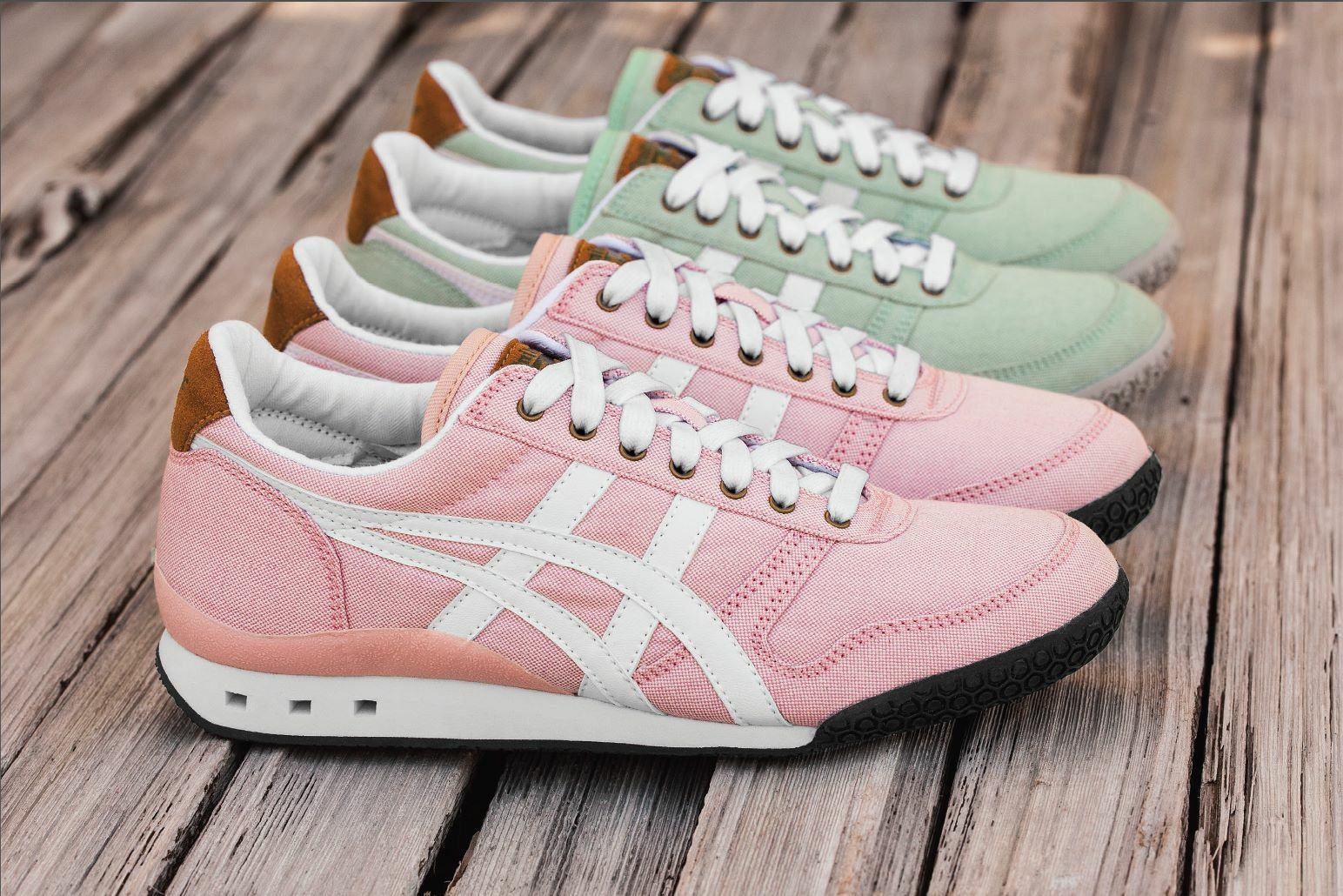 old asics shoes