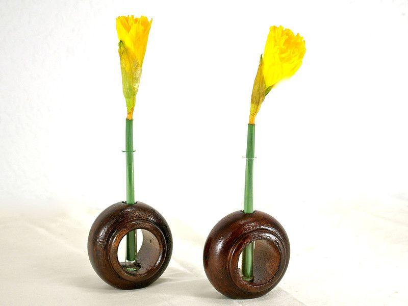 Kleine Vase aus Holz und Glas,braun,Blumenvase   von Schlueter-Home-Design auf DaWanda.com