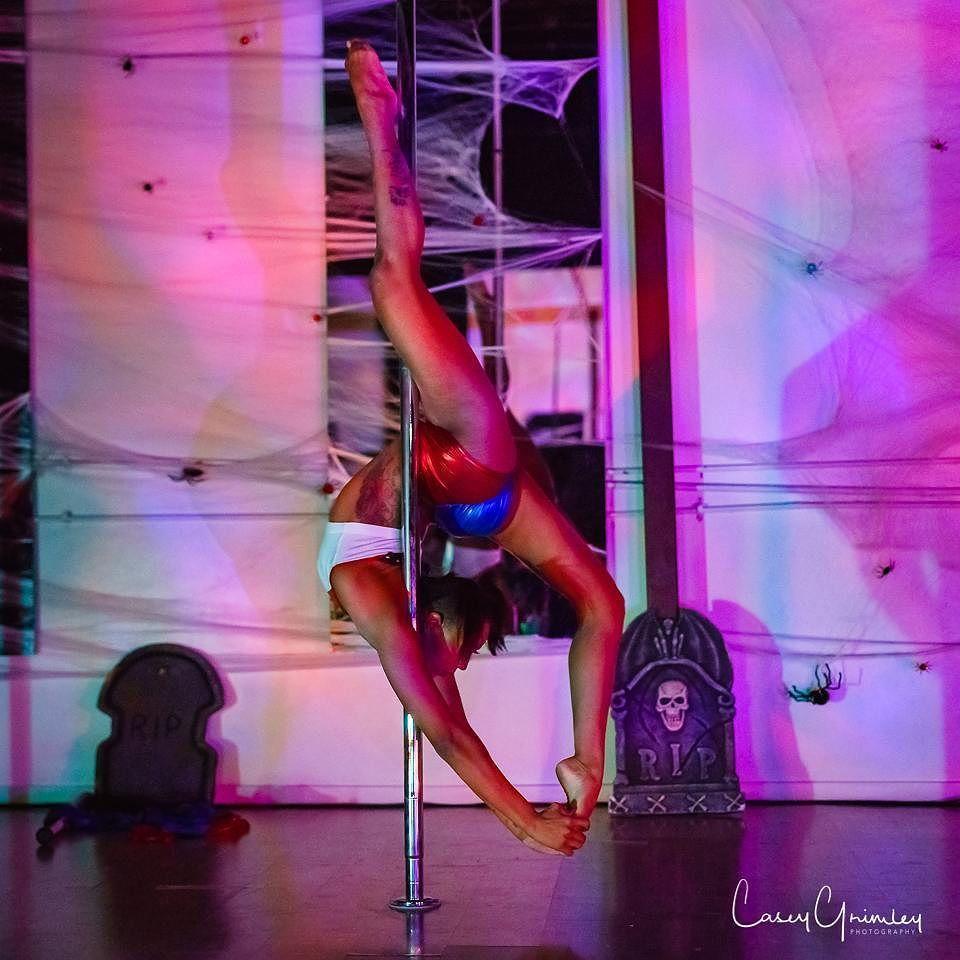 Best Pole Dance Classes In Miami, FL (2021) - Pole Model