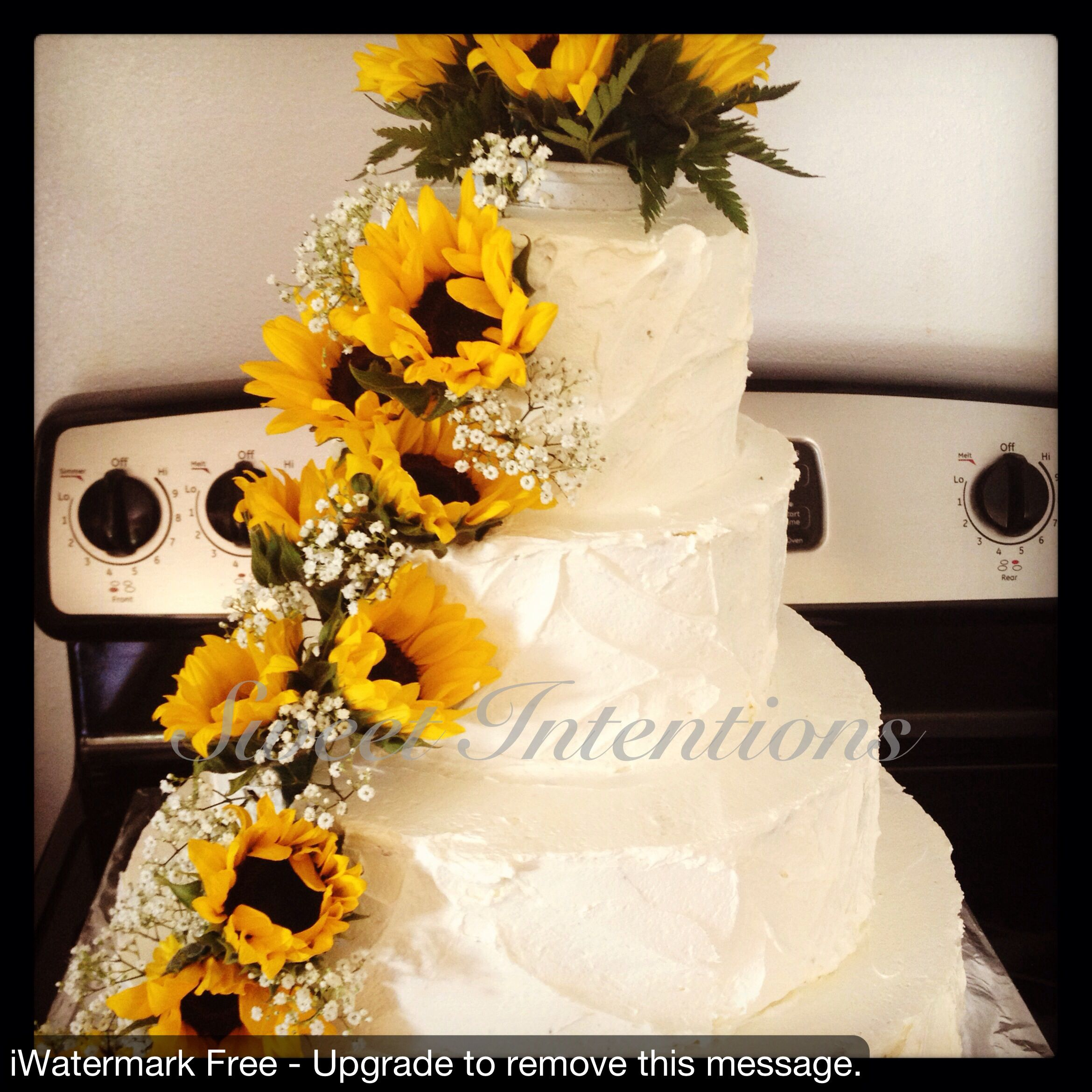 Sunflower Wedding Cake Is Perfect Except I Want The