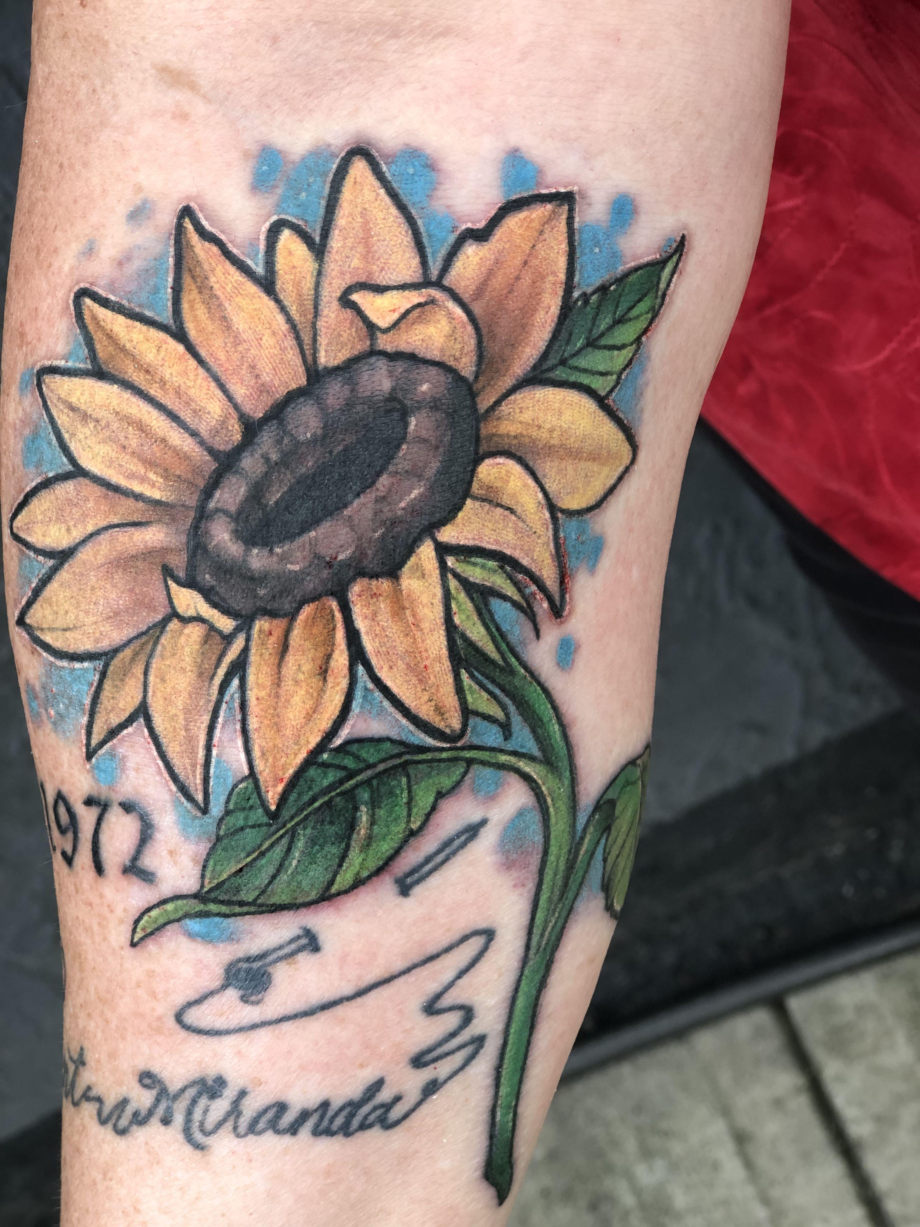 Color sunflower tattoo tattoos sunflower tattoo flower