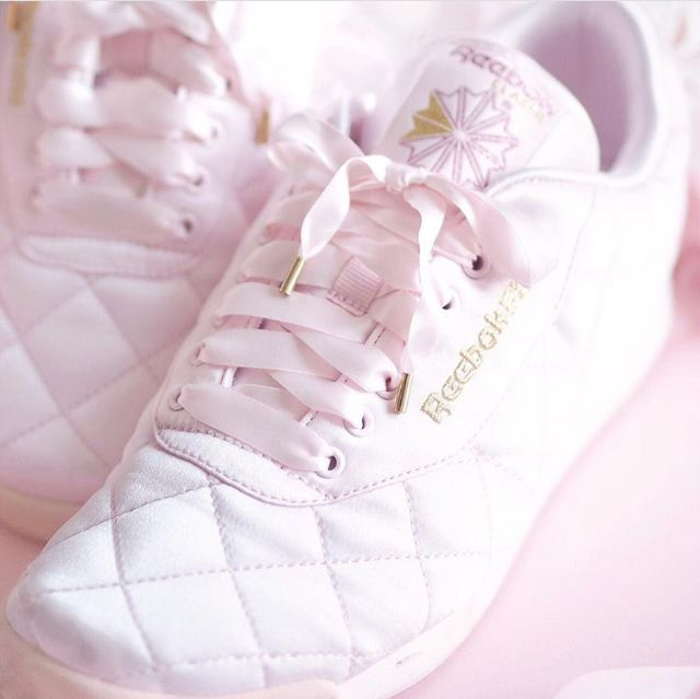 Pin by Saja Haider on shoes | Kawaii shoes, Pretty shoes