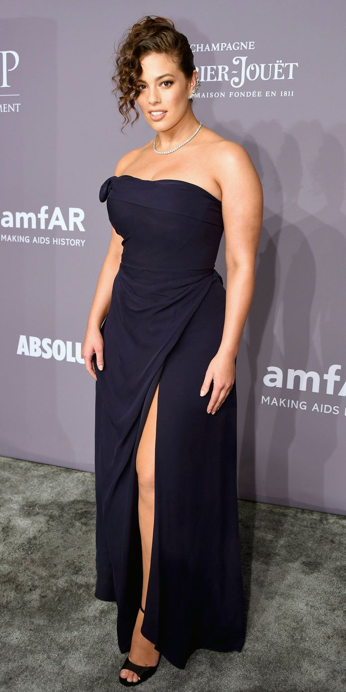 Ashley graham wedding dress  Heidi Klum Pulls an Angelina Jolie at amfAR Gala with the Ultimate
