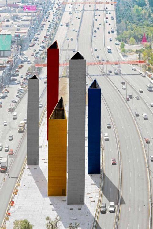 Las Torres de Satélite, Ciudad Satélite, Naucalpan de Juárez ...