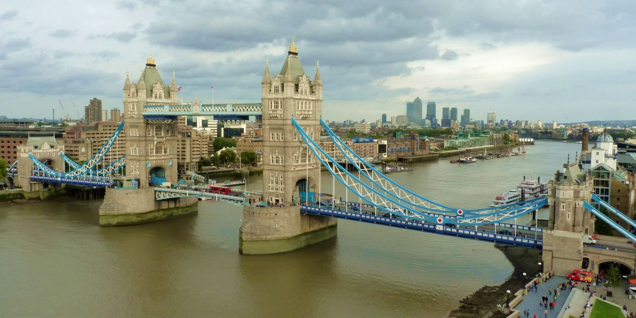 b15e23f230e6 Tower Bridge | Art | Best attractions in london, Famous bridges ...