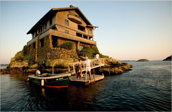 Wooden house design on an small island