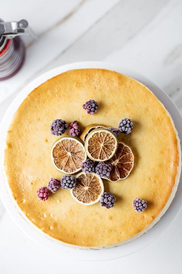 Citrus Churro Cheesecake with Blackberry Sauce #churrocheesecake