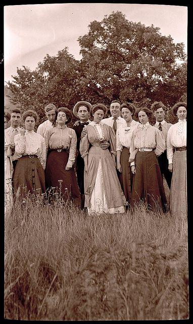 Untitled World Photography Photo Vintage Style Clothing Fashion