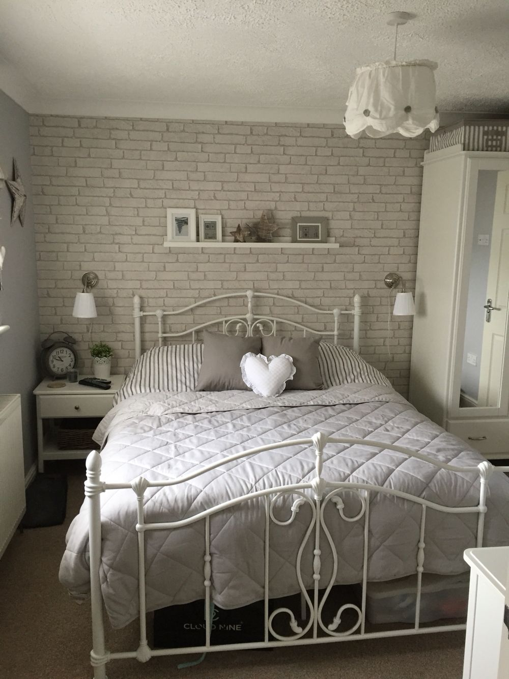 Brick wallpaper … | Bedroom in 2019 | Brick wallpaper ...