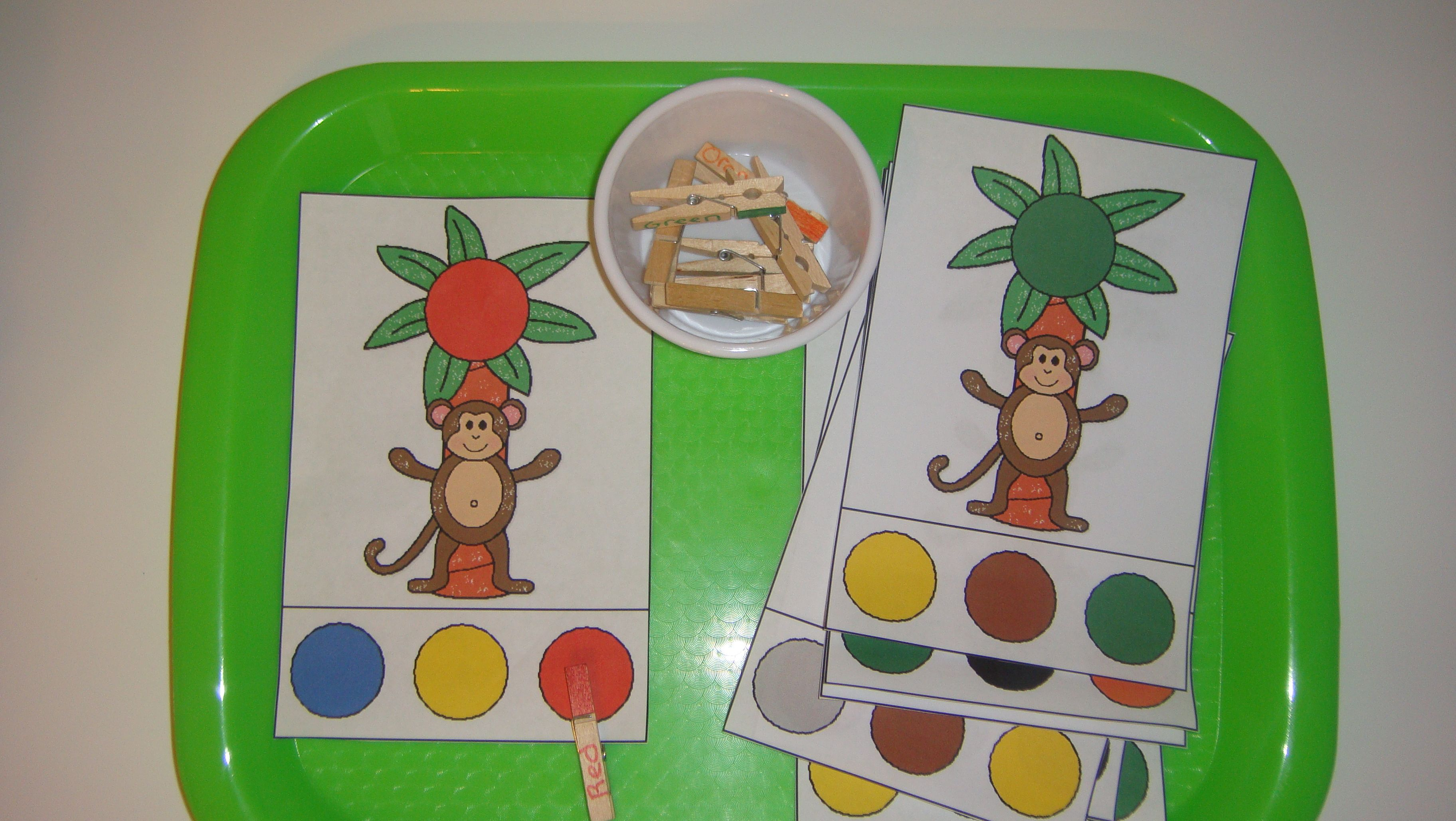 Toddler School Tray: Color Recognition and Matching with clothespins ...