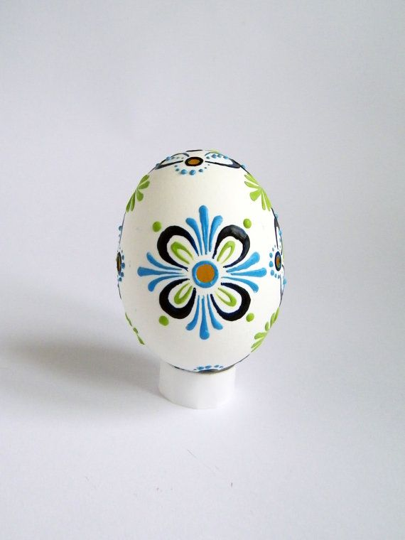 Easter egg free shipping wax decorated ukrainian pysanky eggs white easter egg free shipping wax decorated ukrainian pysanky eggs white madeira lace egg kraslice easter decorations anniversary gift for mom negle Gallery