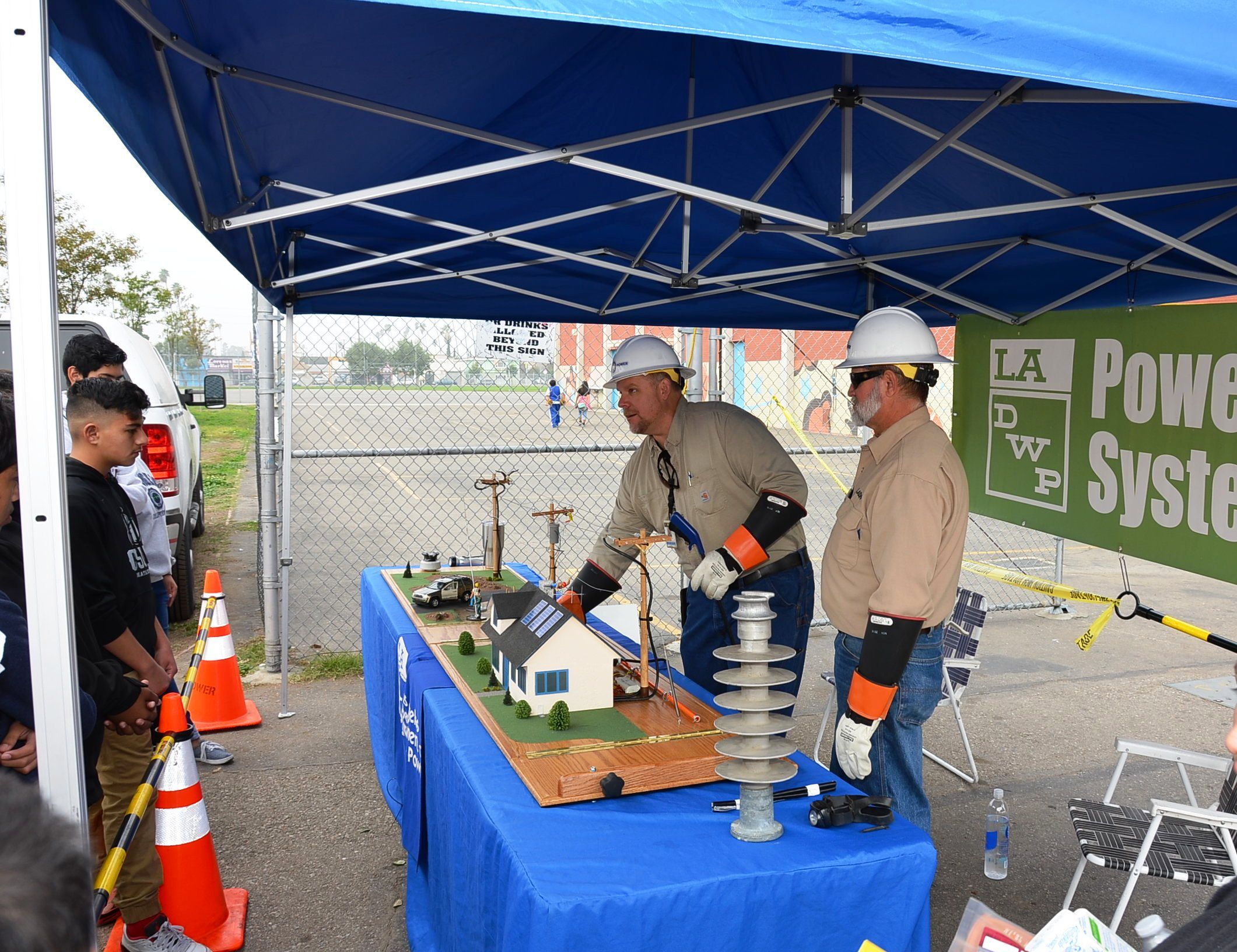 Ladwp Electrical Safety Demo At Hands Around Bethune W