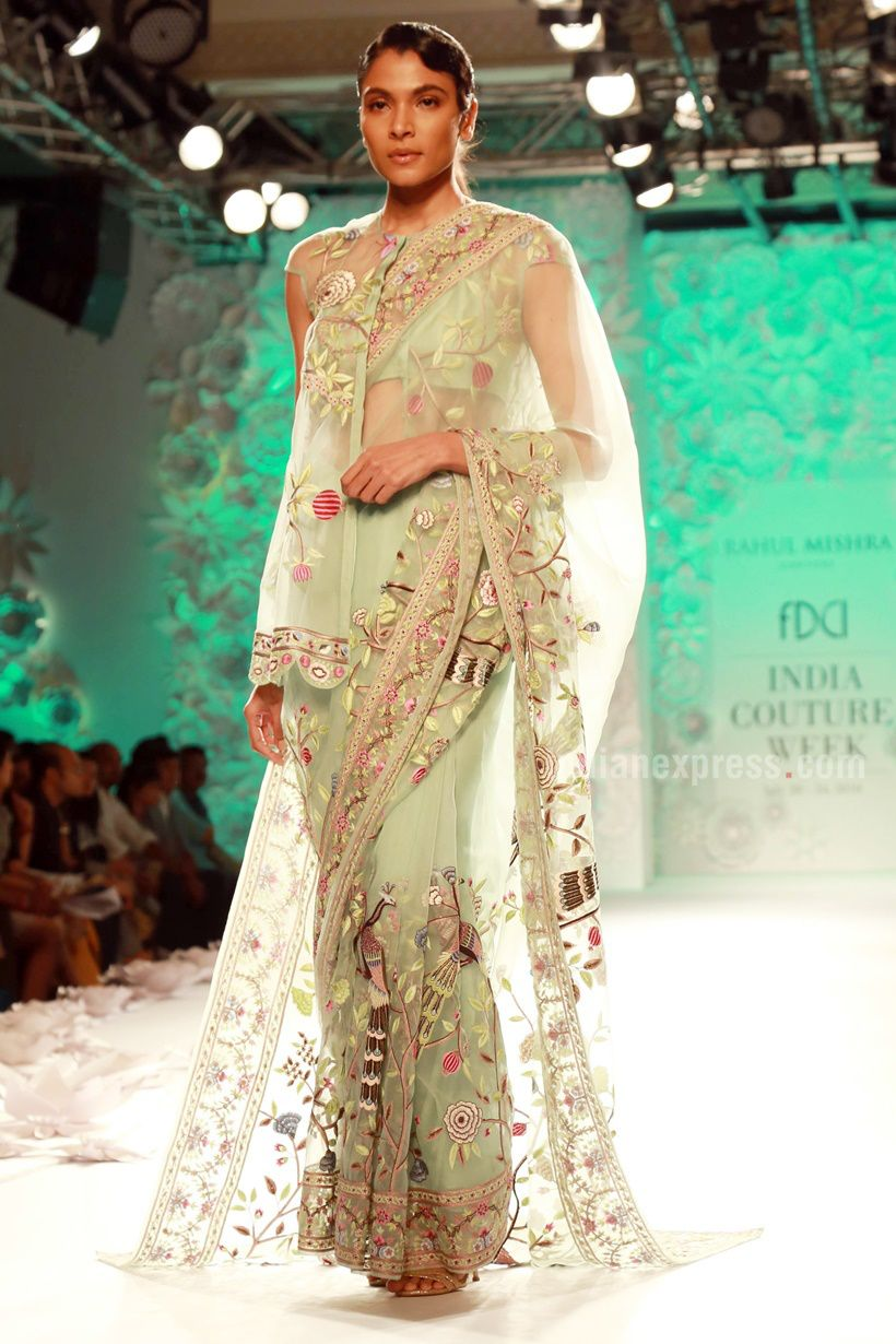 """#IndiaCoutureWeek 2016: """"Ace designer Rahul Mishra showcased his latest collection - Monsoon Diaries, with the elegant line showcasing a completely hand-woven range with abundance detailing."""""""