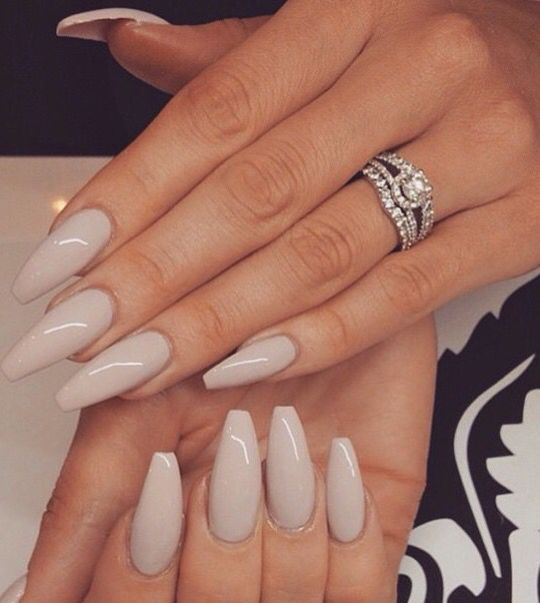 Natural nude. | Nails | Pinterest | Nude, Natural and Pedicure nail ...