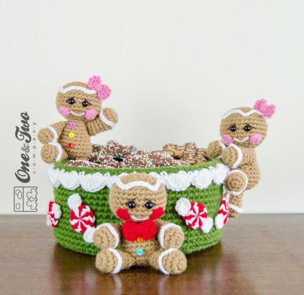 Gingerbread Christmas Basket crochet pattern by One and two company ...