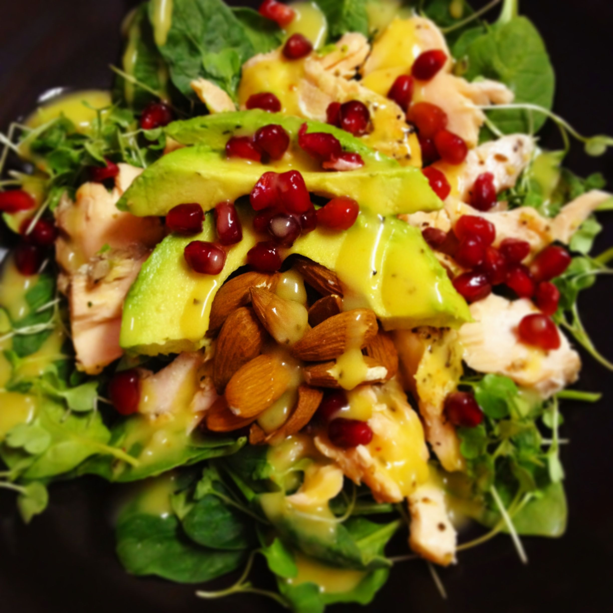 Skillet Roasted Salmon With Avocado Pomegranate And: Salmon, Pomegranate, Avocado, And Almonds Over Spinach