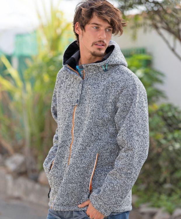 ed7884c8 Redhill softshell jakkeSoftshelljakke med kraftig strikket yttermateriale.  Tøff modell med; hette, halv stormklaff