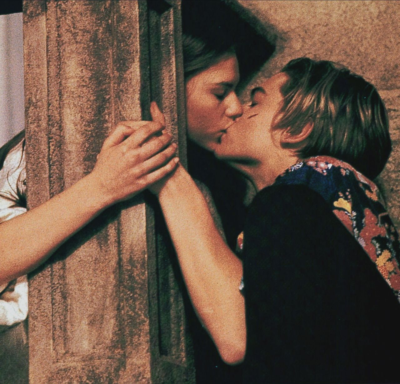 romeo and juliet directed by baz luhrmann
