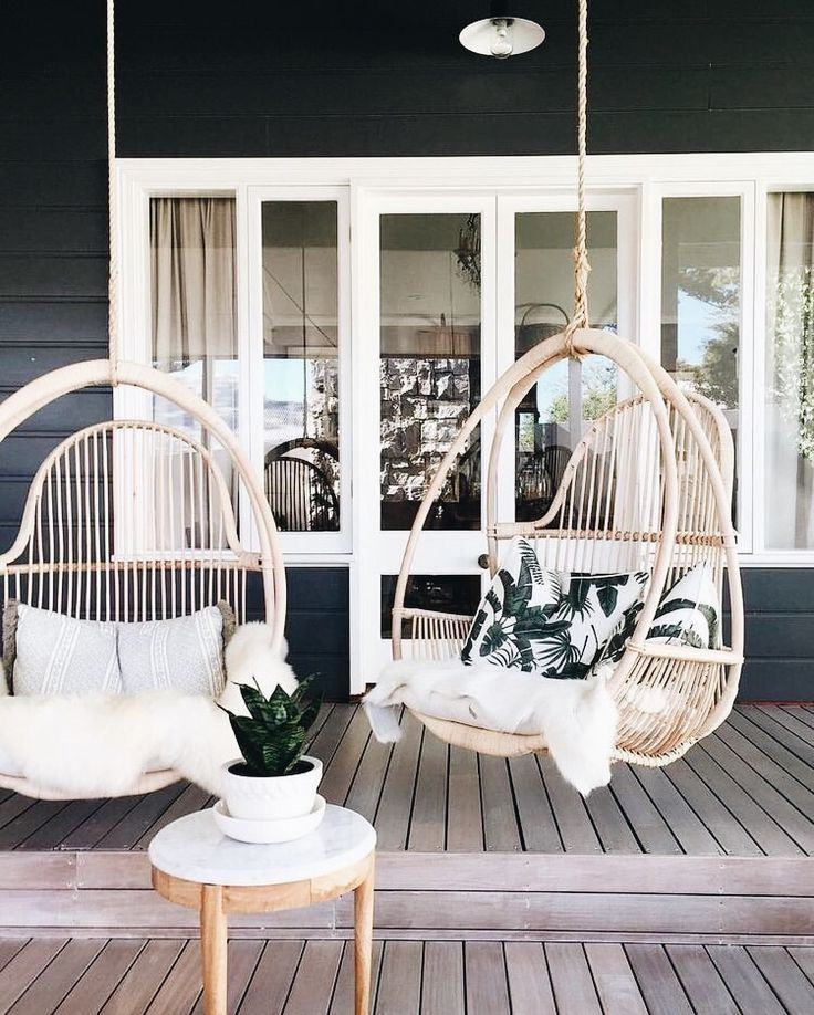 Hanging boho patio chairs #porchpaintideas