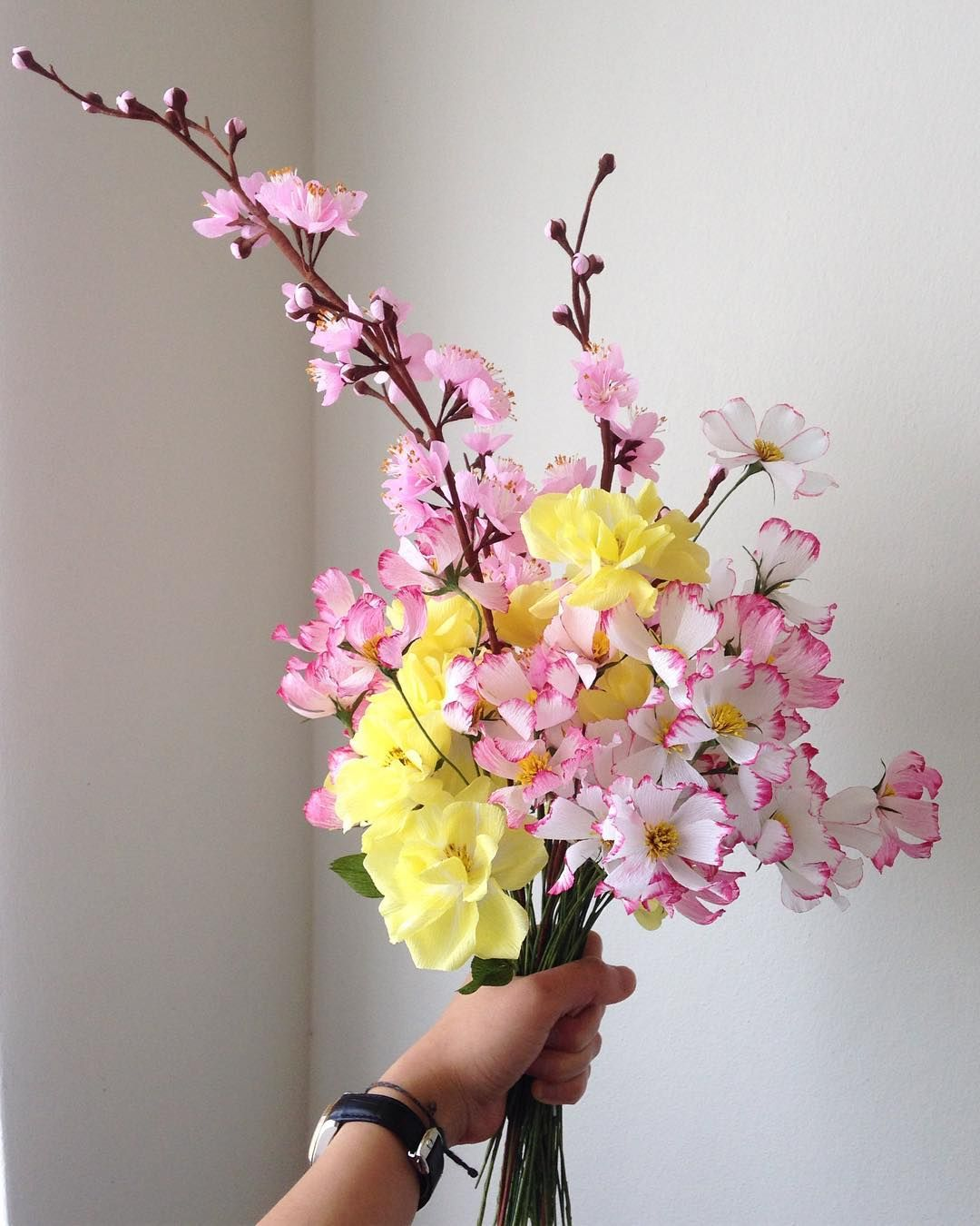 Blossom wild rose u cosmos in a yellowpink palette have a