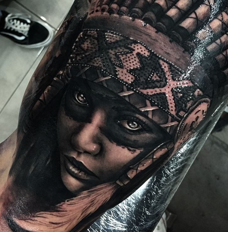 Realism Tattoo For Woman: Black And Gray Tattoos