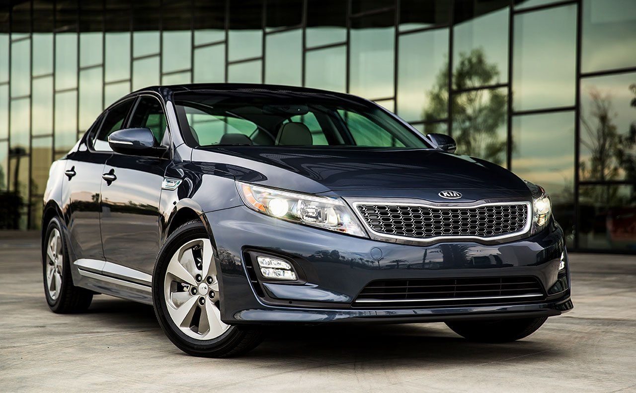 2014 kia optima hybrid a unique grille and available led fog lights add even more