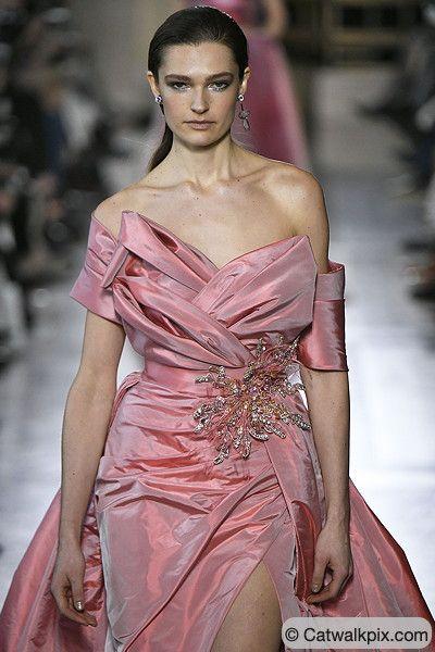 #ElieSaab #hautecouture #gown #abdndkleid #FS19 ...