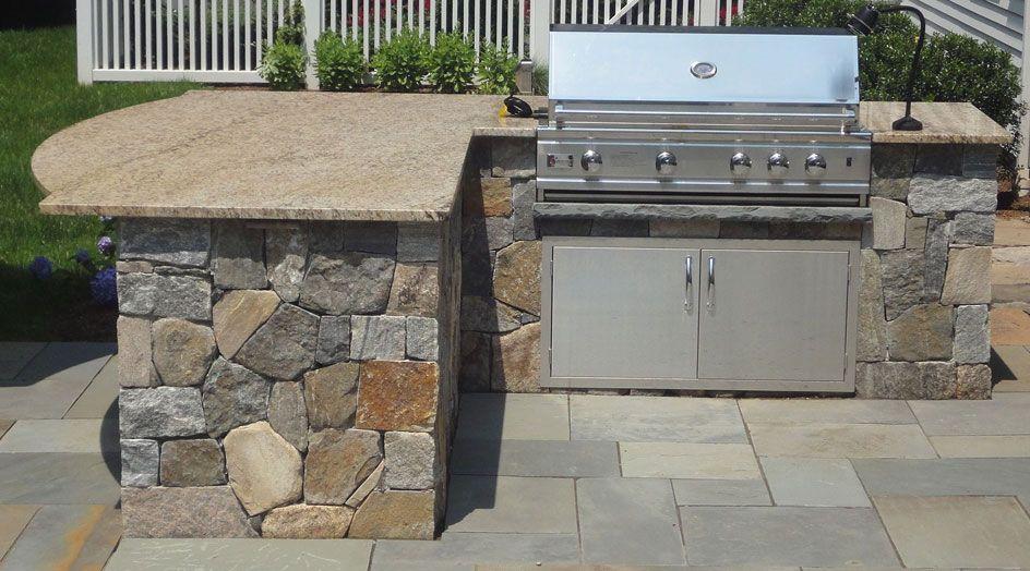 Modern Outdoor Bbq Island | Backyard ideas | Pinterest | Bbq ...