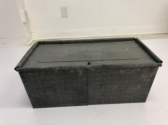 Vintage INDUSTRIAL STORAGE BOX metal tool heavy crate toy bin steampunk loft trunk galvanized Vintage INDUSTRIAL STORAGE BOX metal tool heavy crate toy bin steampunk loft...