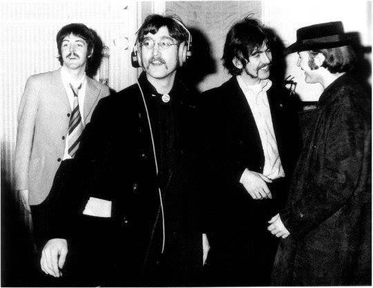 The Beatles Recording A Day In The Life With David Crosby February 1967 The Beatles Beatles Interview Beatles Guitar