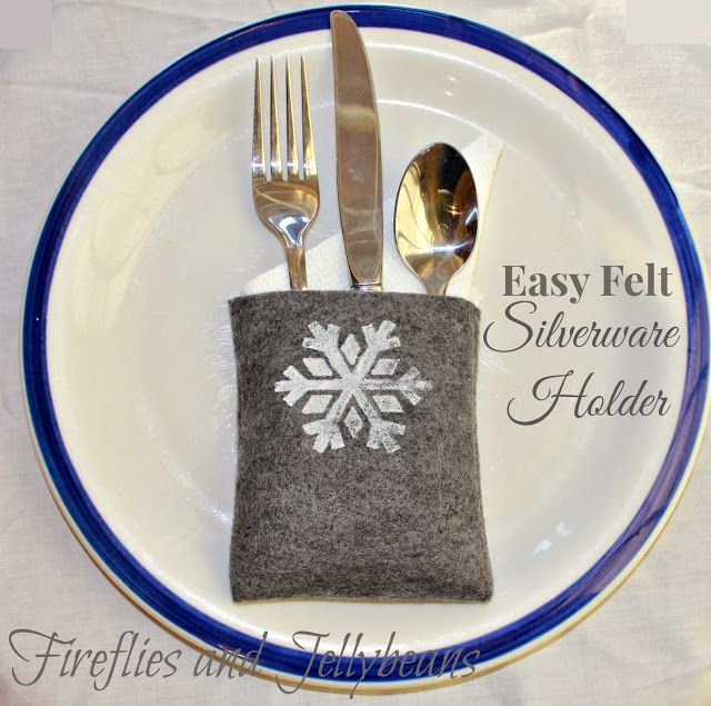 fireflies and jellybeans easy diy felt silverware holders for a holiday place setting 12 - Christmas Silverware Holders