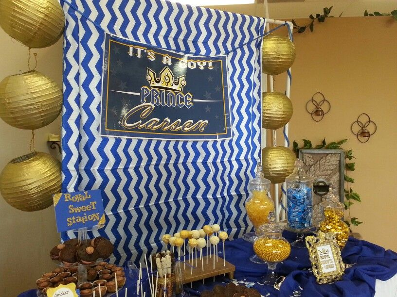 Royal Prince Babyshower Desert Table