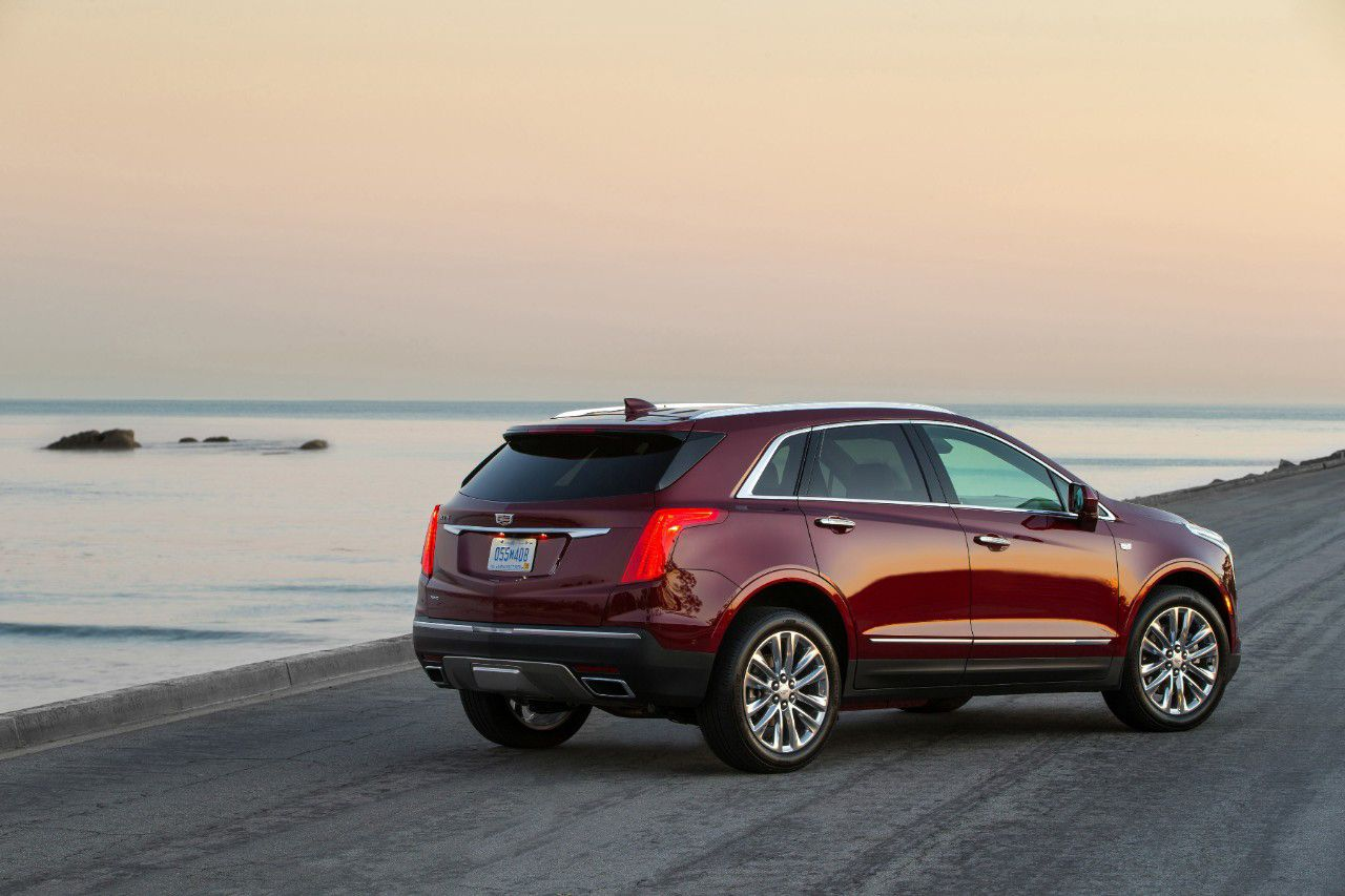 the 2018 cadillac xt5 a luxury suv that s affordable elegant and rh pinterest ca