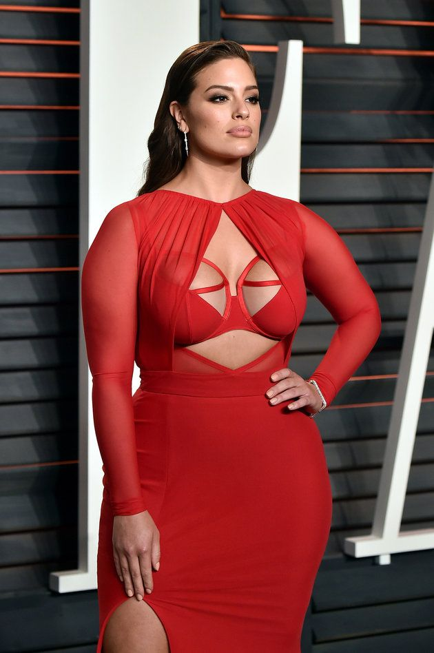 d9488026208 Ashley Graham Steals The Spotlight In Super Sexy Red Dress