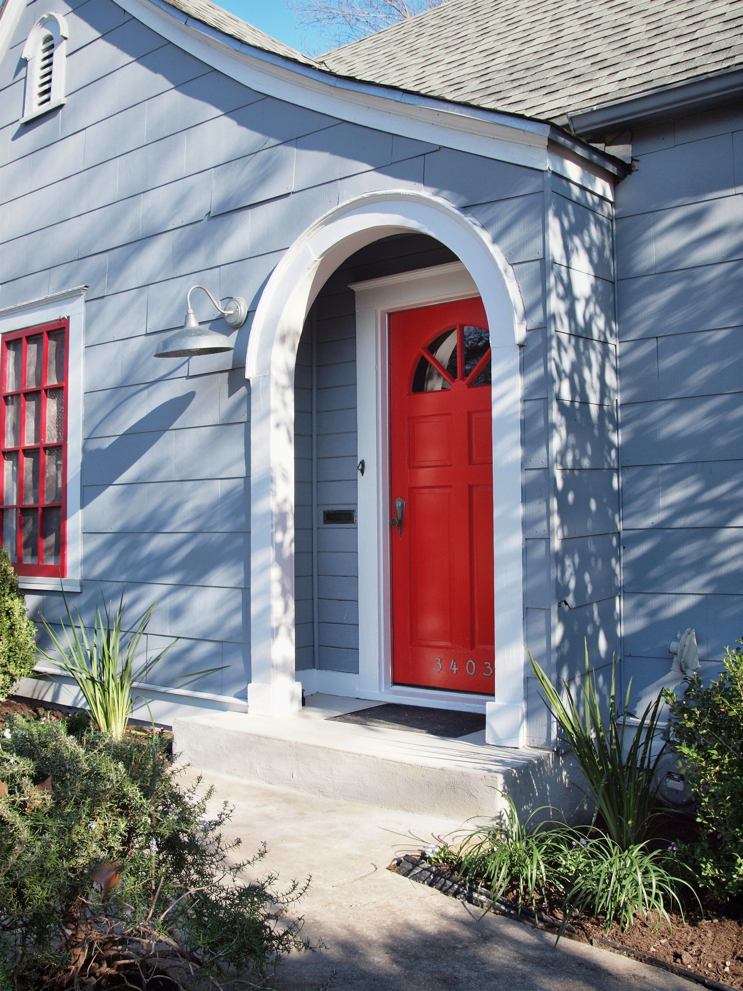 Light Blue Home With Bright Red Door More Entrys In 2019