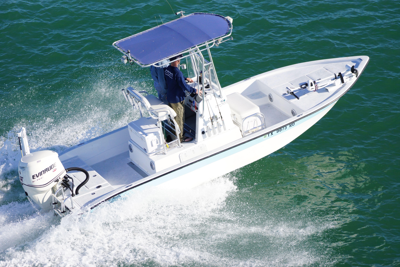 24' Modified V | Shallow Sport Boats | Sport boats, Bay boats, Boat