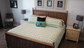 Chalk Paint Master Bedroom Furniture Makeover #palletbedroomfurniture