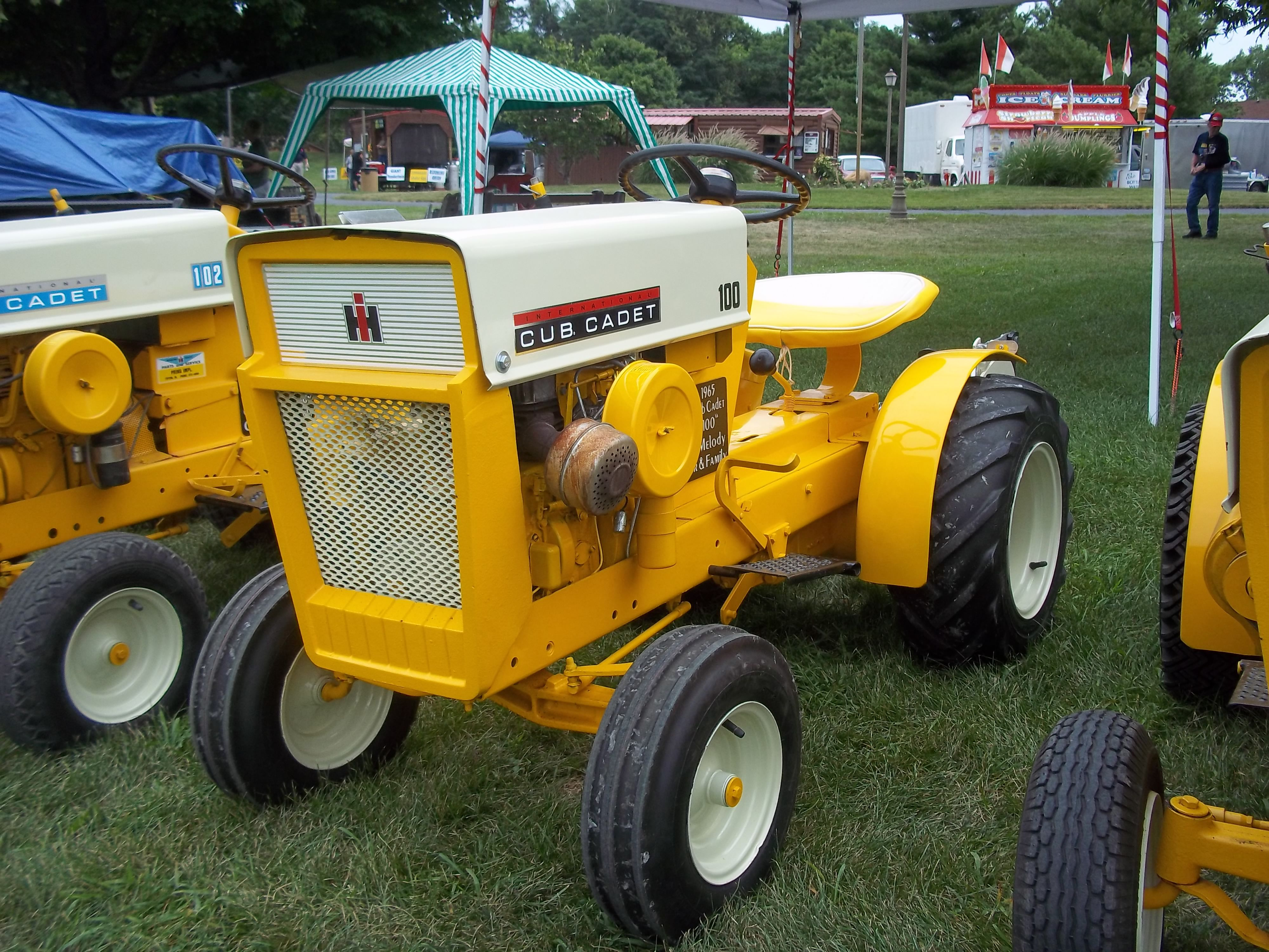 Love a good looking lawn mower ey look lowered Here is an MTD