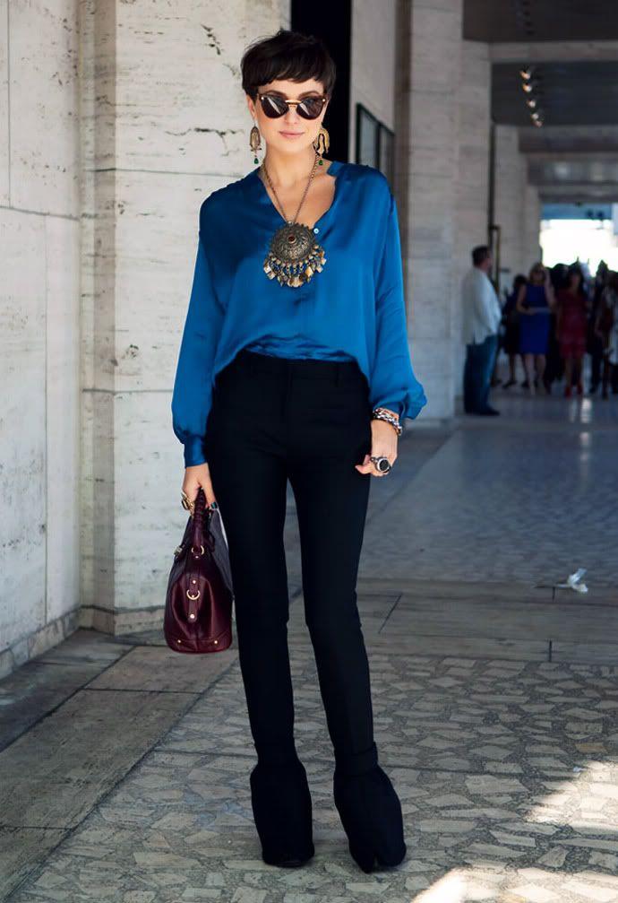 Super Strakke broek met wijde blouse... leuk om die 2 uitersten te GP-67