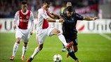 Sergio Agüero (Manchester City FC) & Ricardo van Rhijn (AFC Ajax)   Ajax 3-1 Man. City. 24.10.12.