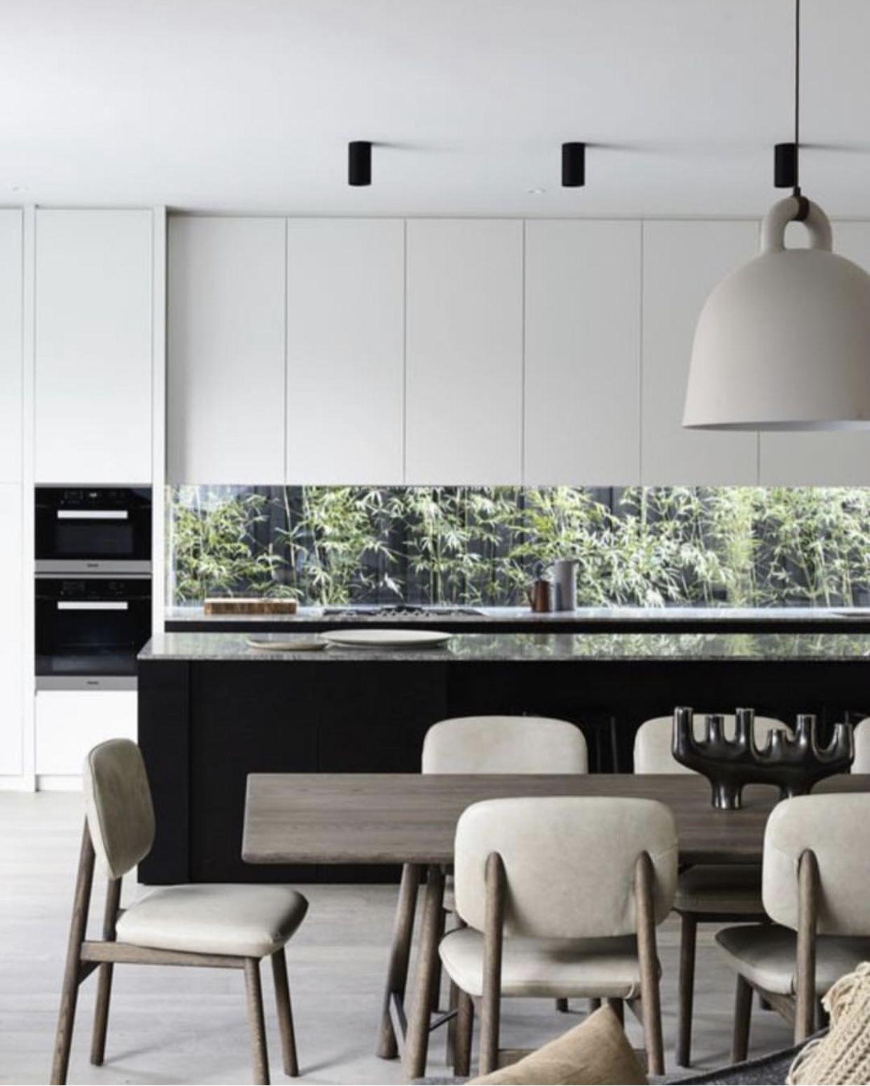Pin By Tori Rhyannon On Kitchens Luxury Kitchen Design White Modern Kitchen Interior Design