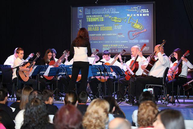 Dentro de las actividades de la II Semana de la Juventud, tuvo lugar el concierto de guitarras, trompetas y metales de la Escuela Municipal de Música Dionisio Aguado. Se ofreció en el Espacio Joven La Plaza.